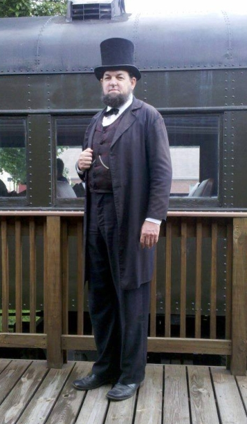 President Lincoln with train